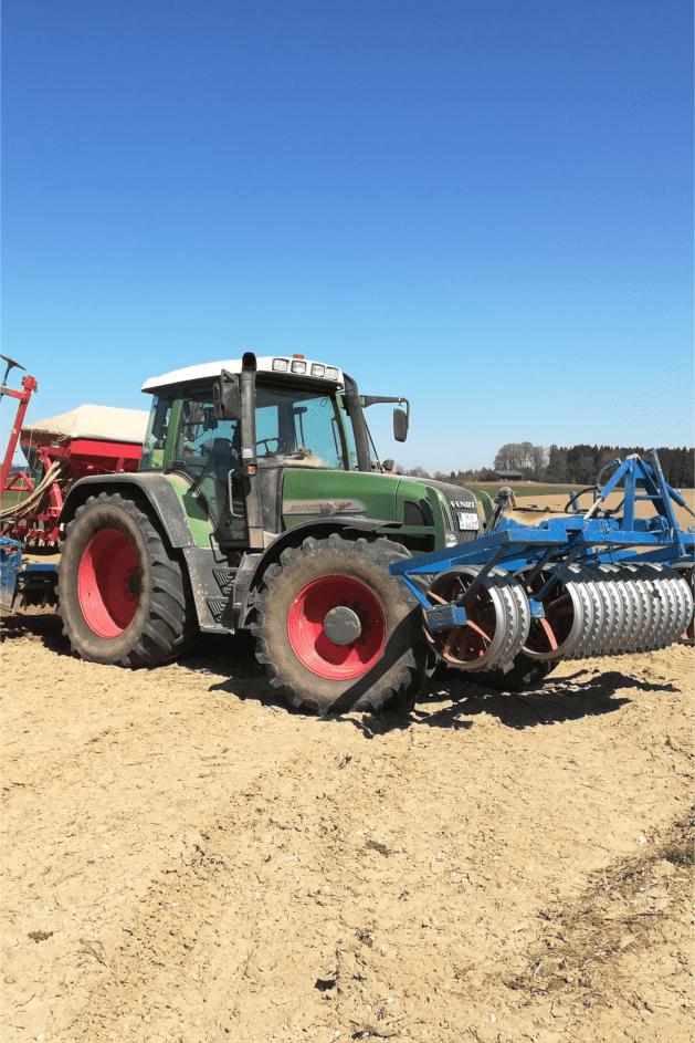 Traktor – Beschnitten-min